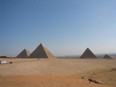 Europe_Egypt_pyramids_KV